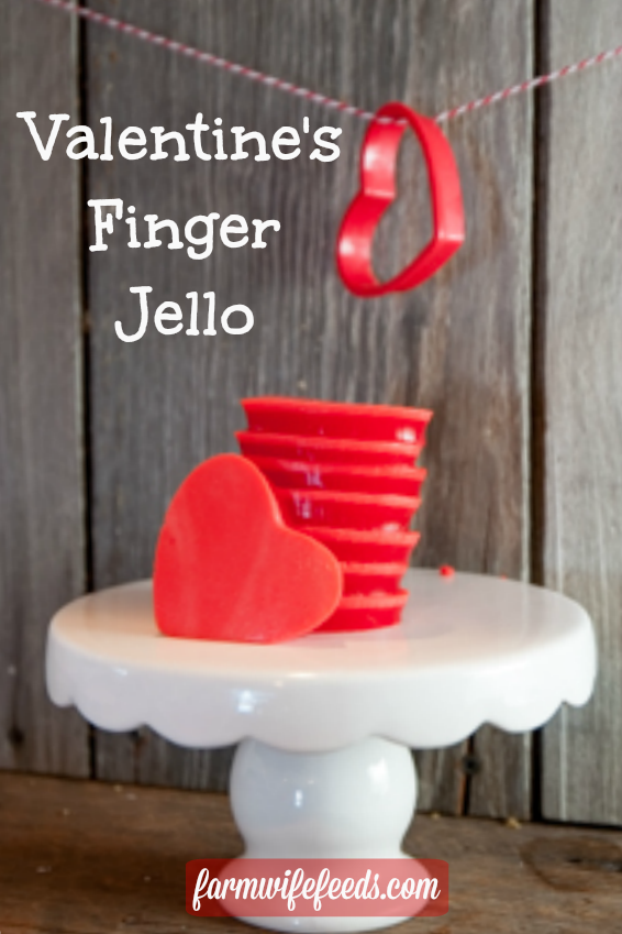 Easy Valentine's Day Finger Jello from Farmwife Feeds is easy to make and will make your kids smile! #jello #valentine #snack
