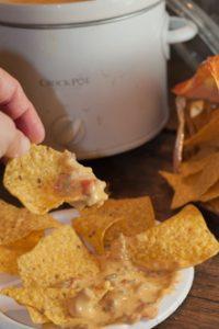 Crock Pot Chili Con Queso Dip