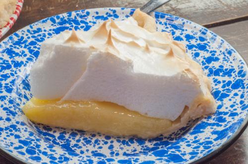Family Recipe Lemon Meringue Pie from Farmwife Feeds #recipe #lemon #pie