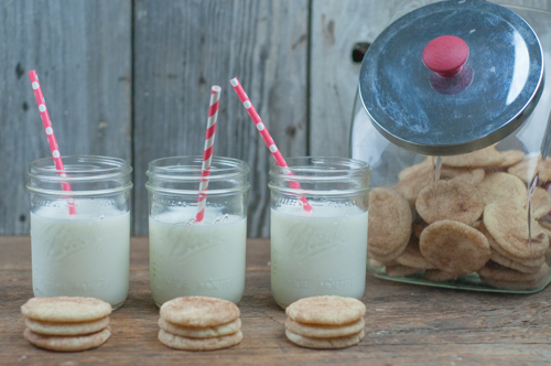 Soft and Chewy Snickerdoodles Cookies from Farmwife Feeds #recipe #cookies #snickerdoodle