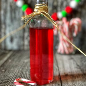 Super Simple Peppermint Syrup from Farmwife Feeds is easy to make and is the perfect flavoring for drinks during the holidays. #simplesyrup #Peppermint #candycanes