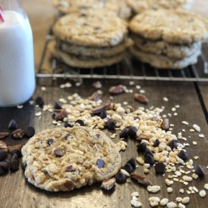 Giant Kitchen Sink Cookies from Farmwife Feeds are a soft chewy cookie you can add anything and everything to. #cookies #giantcookies #homemade #kitchensink