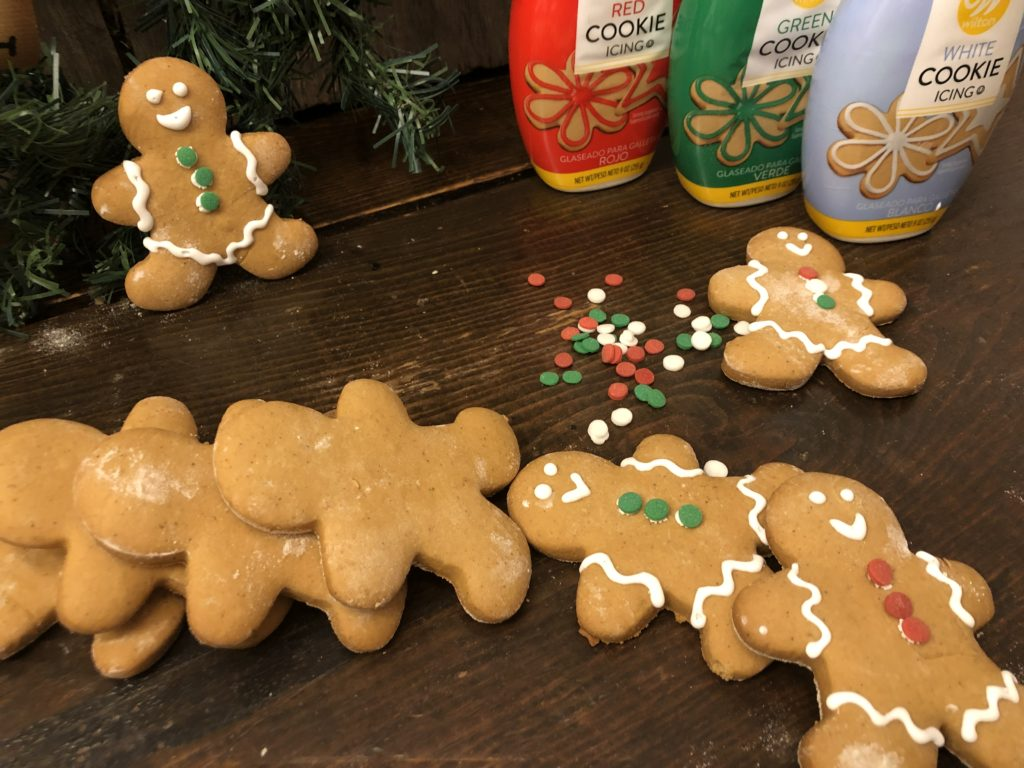 Gingerbread Cut-Out Cookies from Farmwife Feeds is a holiday classic cookie with just the right amount of spice and holds it shape while baking. #gingerbread #cookie #holidaycookie